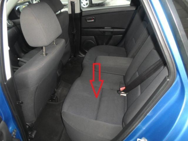 снять заднее сиденье mazda3 bk